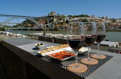 Wine Quay Bar, Porto