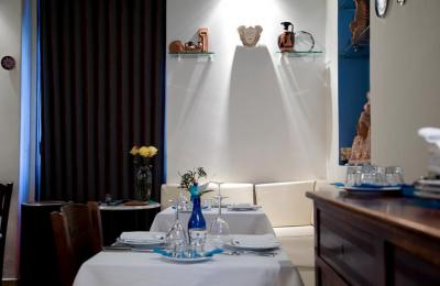 Delicious Greek Restaurant Porto - Hellenikon