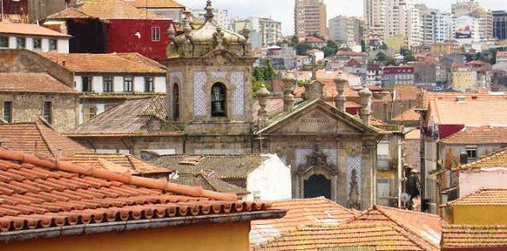 Miragaia Historical Neighbourhoor Porto