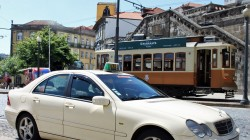 Taxi na Ribeira, Porto